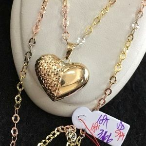Jewelry - 18k Solid Gold chain w/pendant